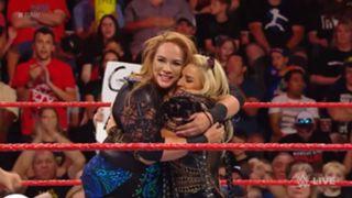 WWE ロウ #1310 ナイア・ジャックス アレクサ・ブリス ロウ女子王座