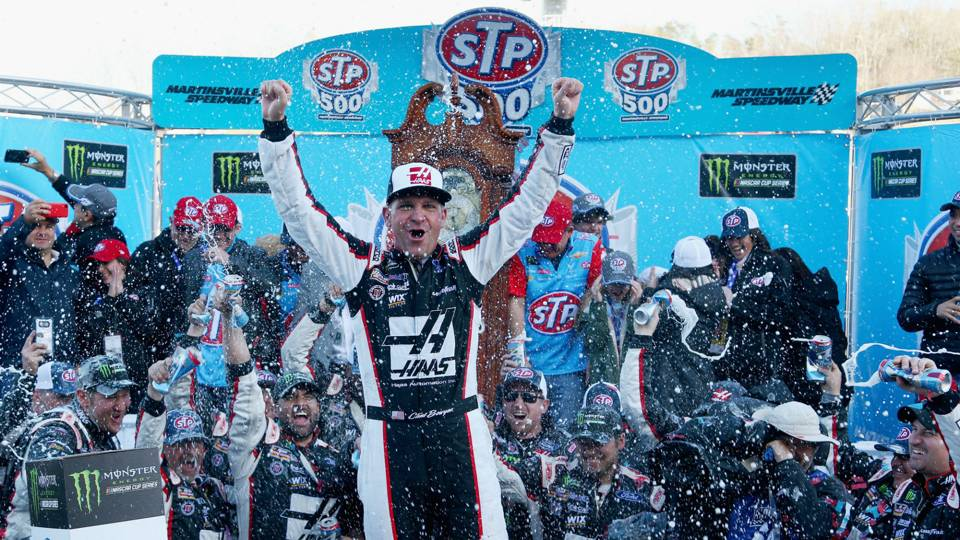 NASCAR at Michigan: Results, highlights from Clint Bowyer's FireKeepers Casino 400 victory