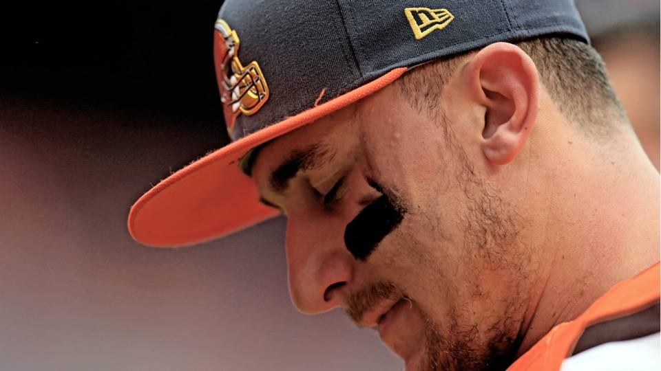 Johnny Manziel hospitalized after reaction to prescription treatment, according to report