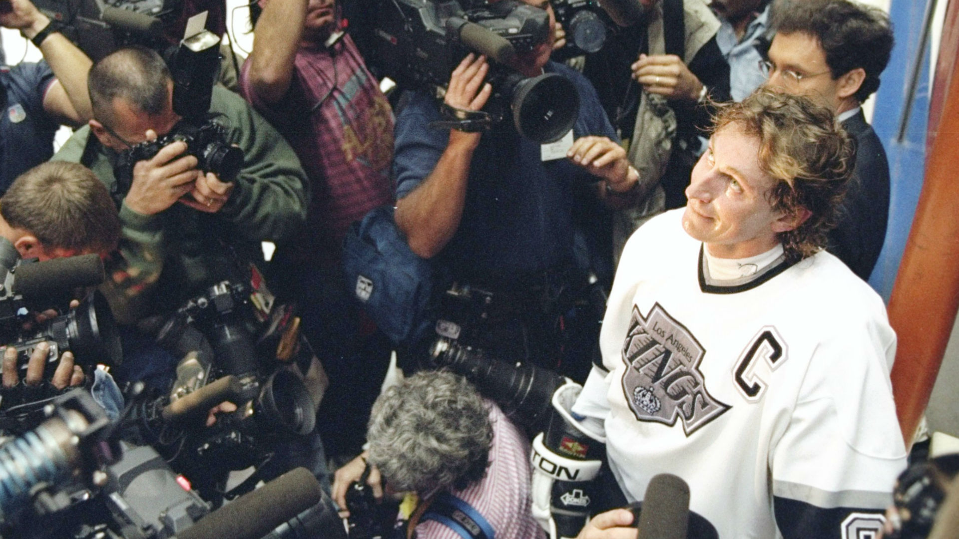 wayne-gretzky-080818-getty-ftr.jpg