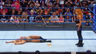 WWE スマックダウン #993 シャーロット・フレアー カーメラ ベッキー・リンチ