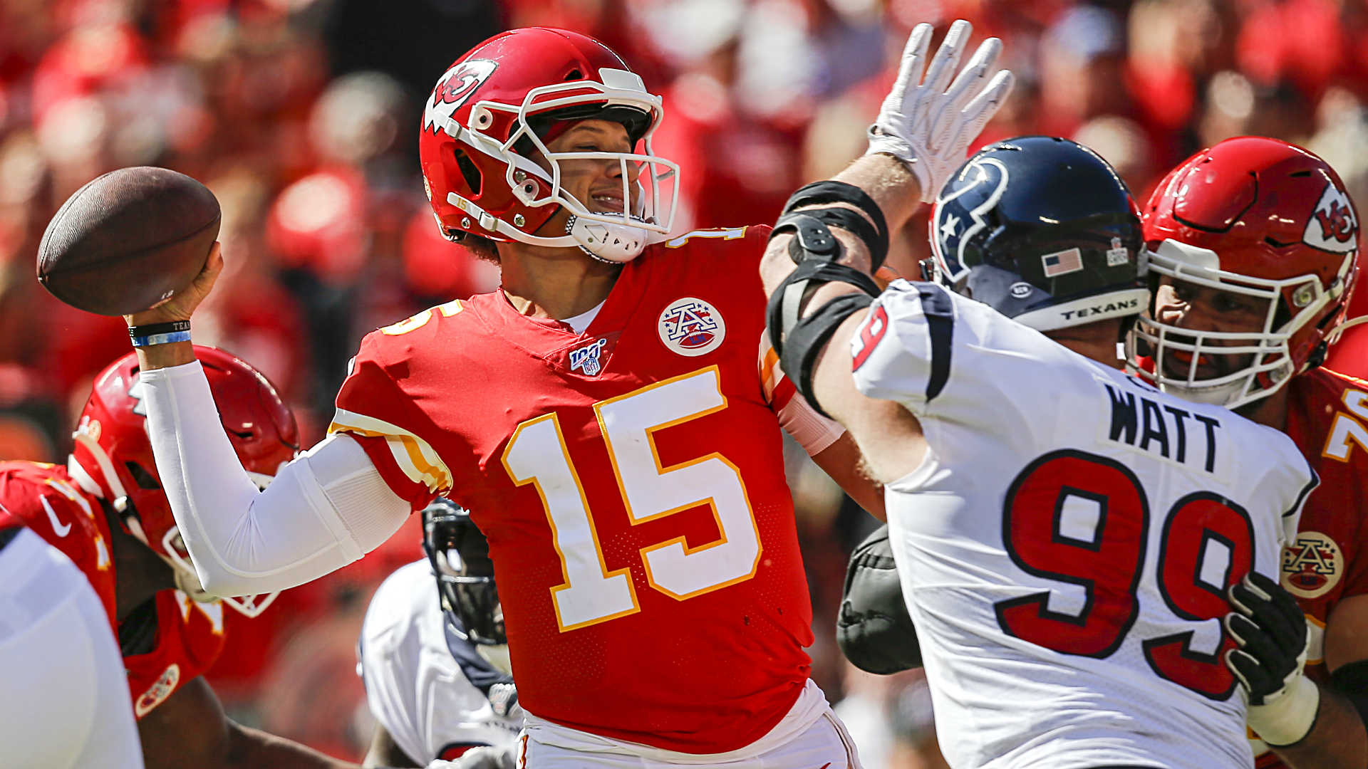 Patrick Mahomes, Chiefs suddenly in danger of letting Patriots run away with AFC