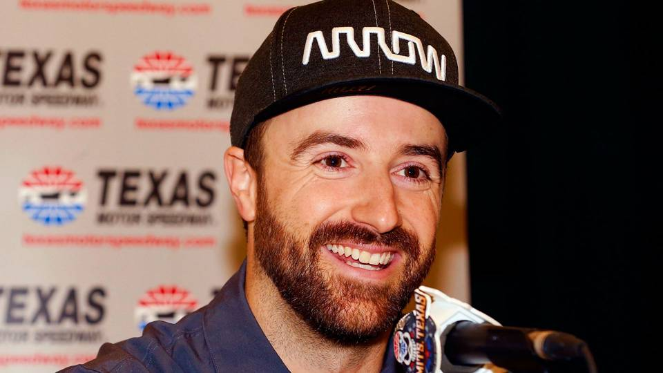 Emotional James Hinchcliffe fails to qualify for Indy 500