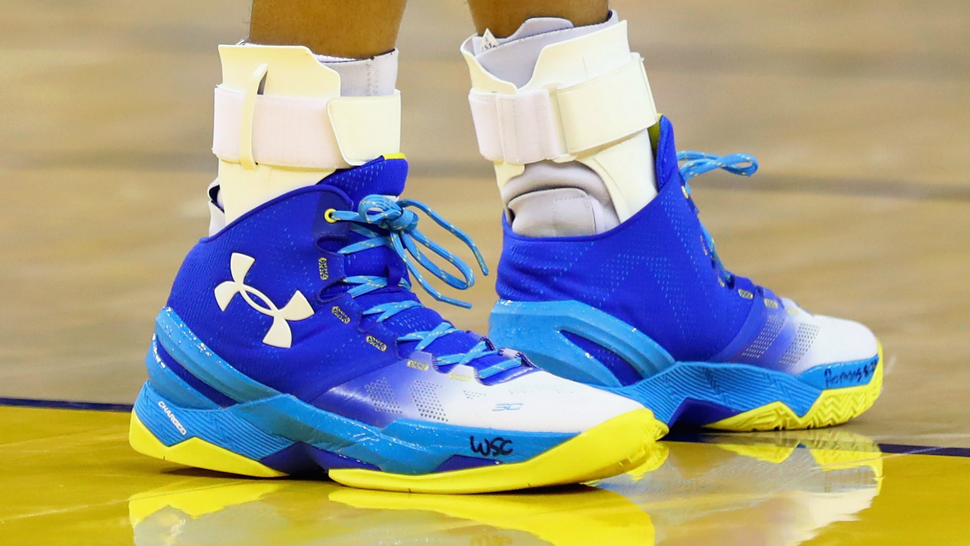 4295425a7ebf Steph Curry shoe sales slow  Under Armour stock falls