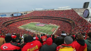 Chiefs-stadium-082817-Getty-FTR.jpg
