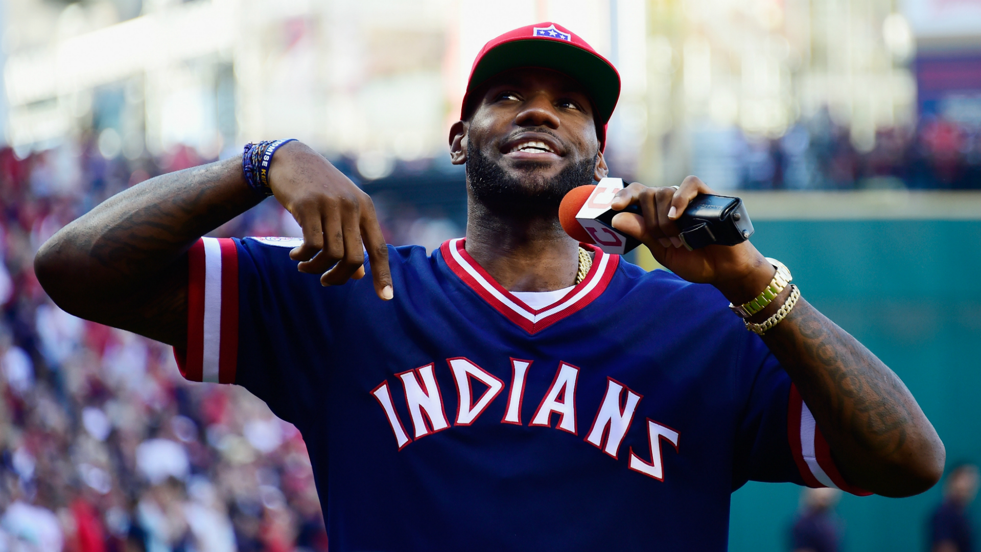 LeBron James rips Rob Manfred over Astros