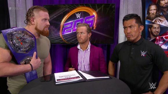 WWE, 205 LIVE, #116, マーフィーと戸澤の調印式
