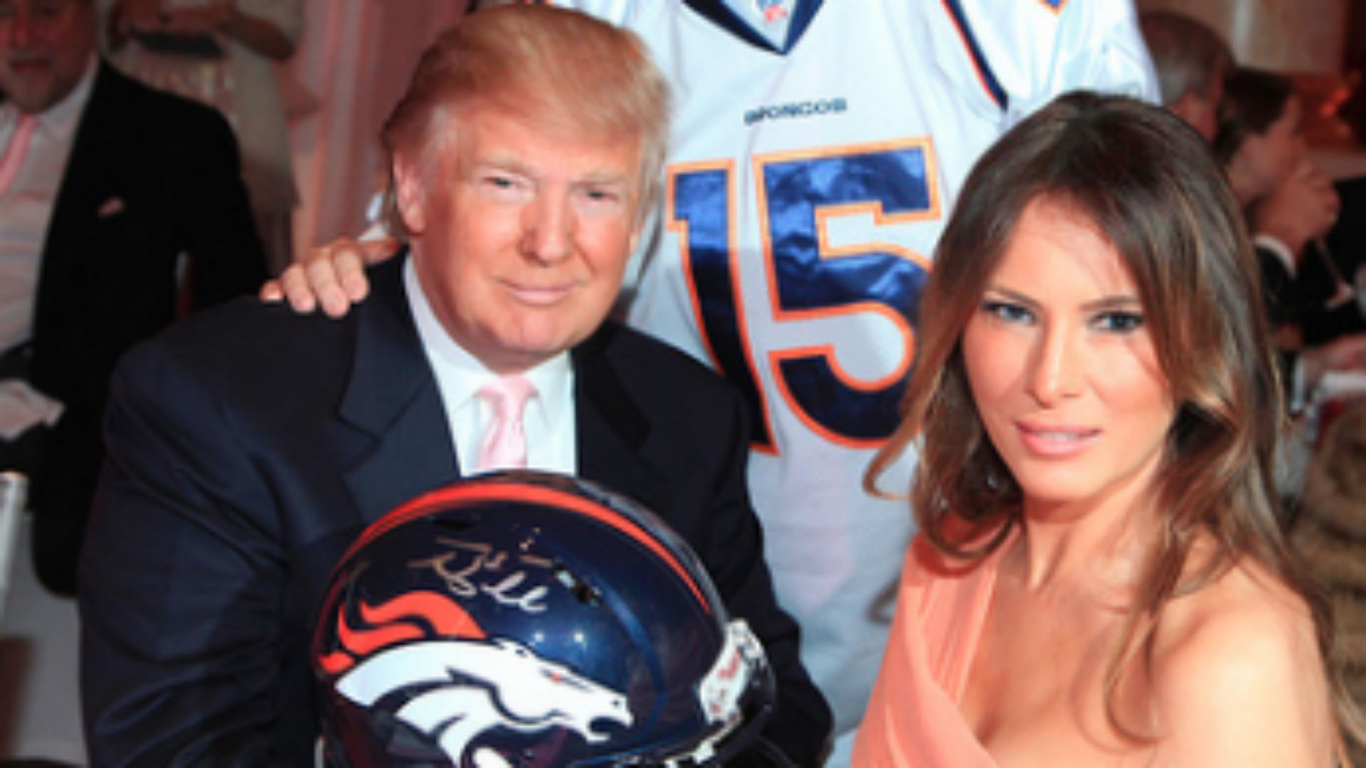 low cost 86a1f 4e435 Donald Trump used charity money to buy signed Tim Tebow ...