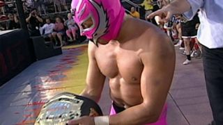WWE 最年少王者 レイ・ミステリオ