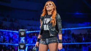 Five days before challenging SmackDown Women's Champion Asuka at Royal Rumble, Becky Lynch receives a deafening ovation from the WWE Universe.