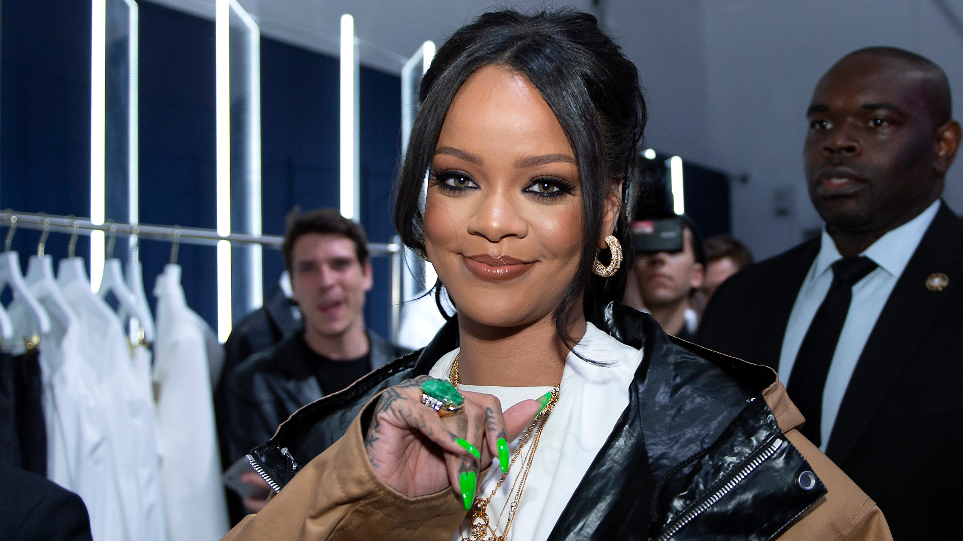 Rihanna confirms she turned down Super Bowl halftime show: 'I just couldn't be a sellout'
