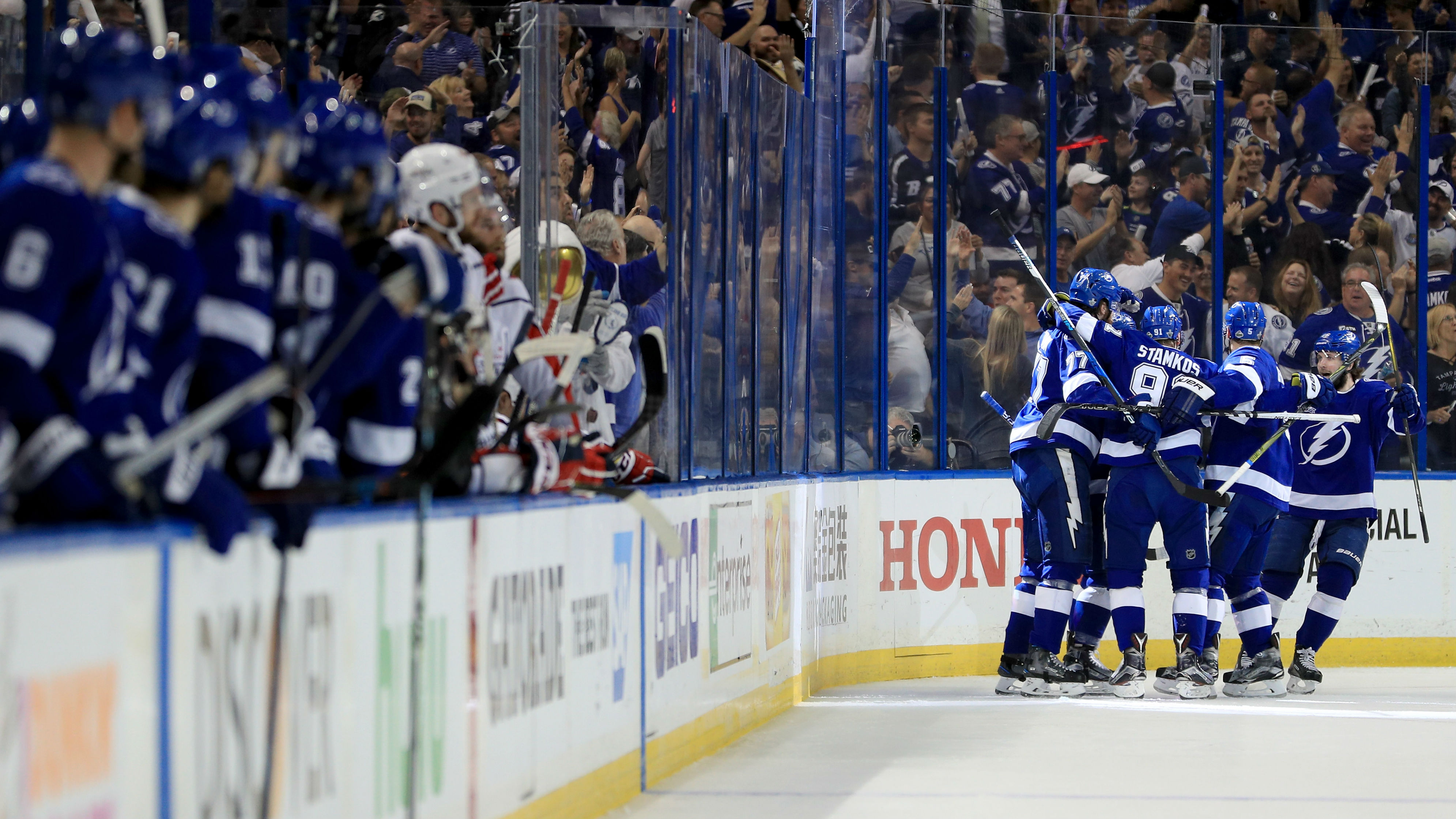 2e8b18bb7df NHL playoffs 2018: Lightning strike early in Game 5, take 3-2 series lead  over Capitals   Sporting News