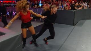 WWE PPV エクストリーム・ルールズ ロウ女子王座