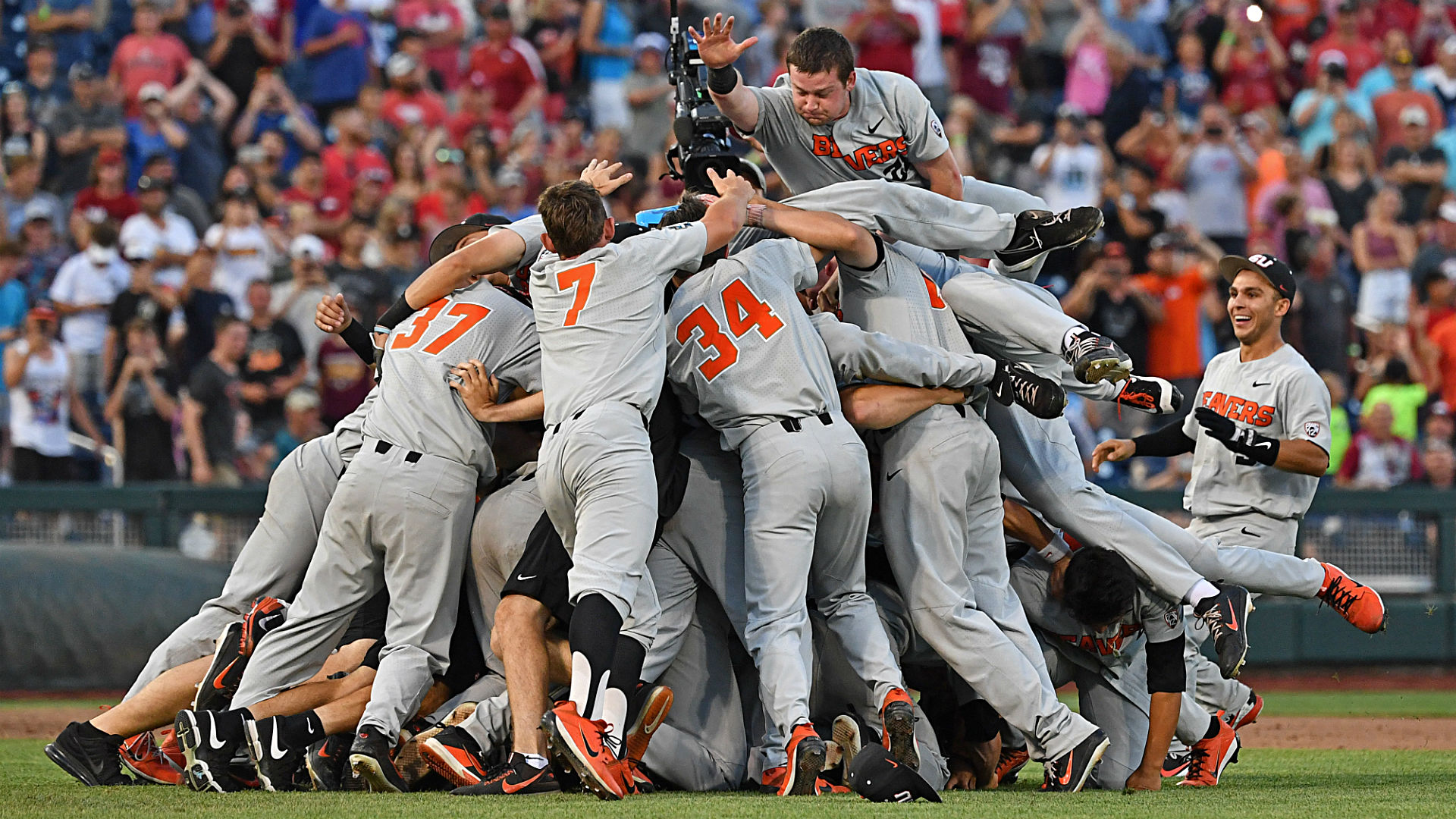 college world series 2018 results oregon state kevin abel shut out