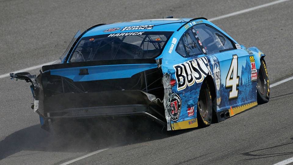 NASCAR at Fontana: Cooler heads prevail after Harvick-Larson wreck