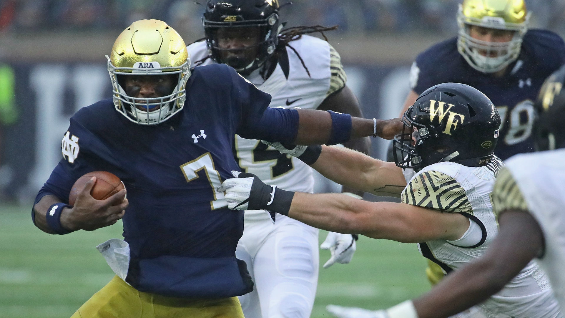 College football rankings: Notre Dame ahead of Oklahoma, Clemson for No. 3