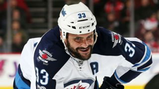 Dustin-Byfuglien-081917-getty-ftr.jpg