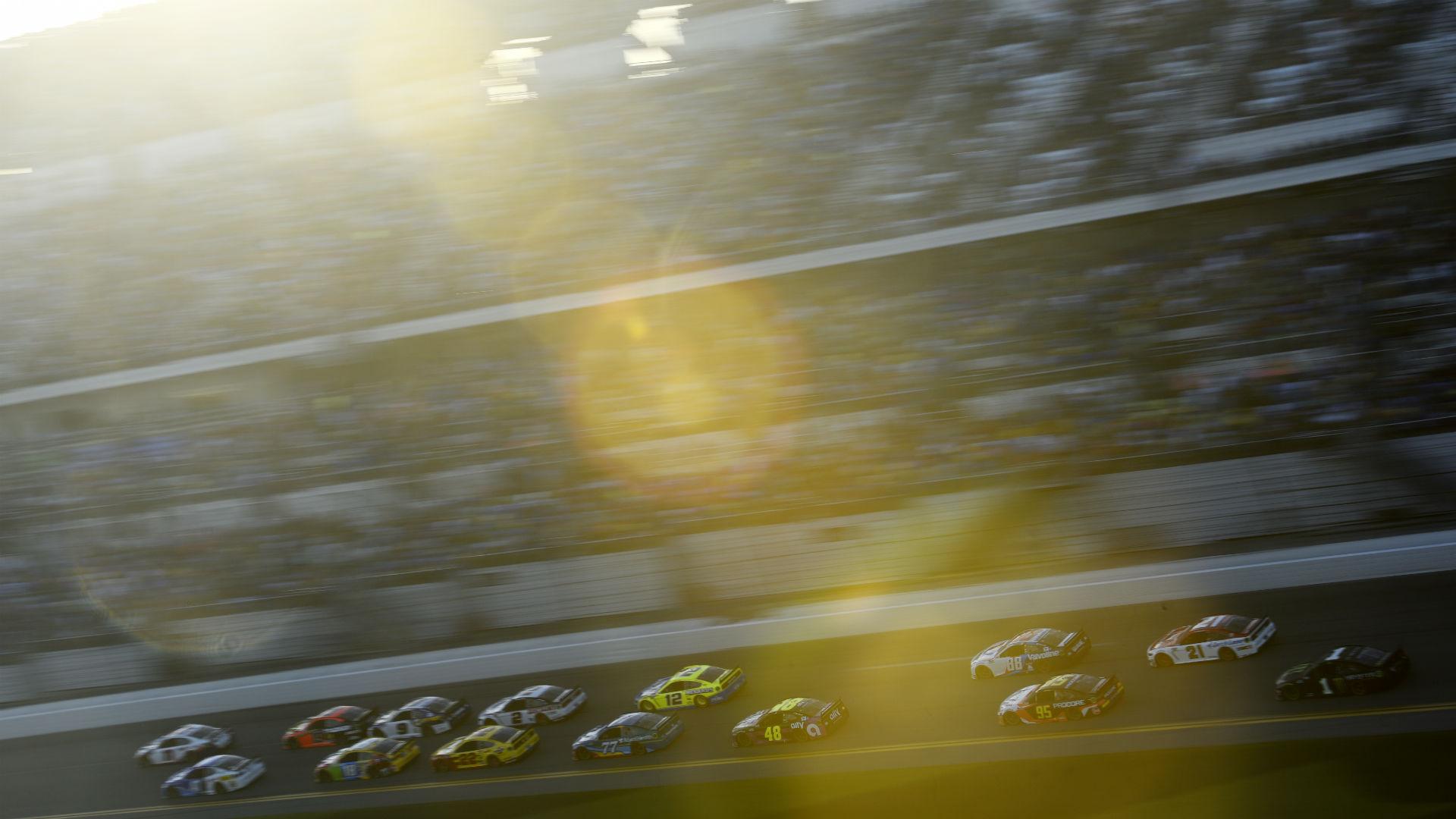 Accidente de las 500 Millas de Daytona: Mire el gran naufragio que recolectó la mitad del campo en la apertura de la temporada NASCAR 2020 2