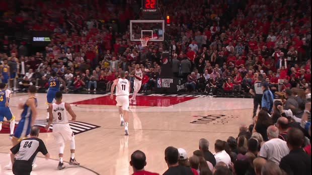 Dunk of the Night : Meyers Leonard