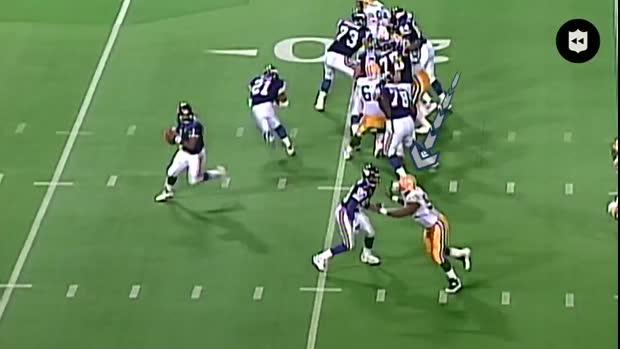 NFL Throwback: Former NFL defensive end Reggie White's ...